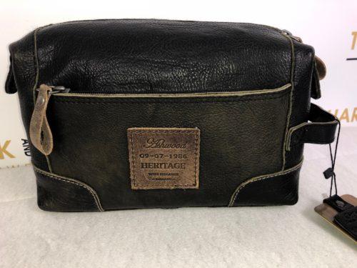 Ashwood Leather Black Washbag